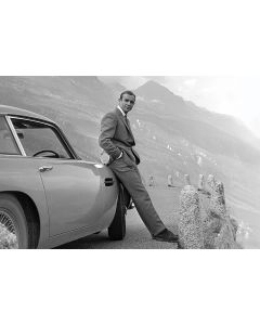 James Bond Connery & Aston Martin Poster 61x91.5cm