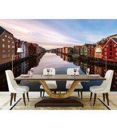 Gekleurde Huizen Aan Een Rivier In Noorwegen Fotobehang 4-delig 368x254cm